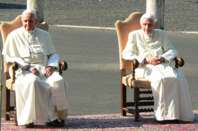 papa-francesco-e-papa-benedetto-XVI